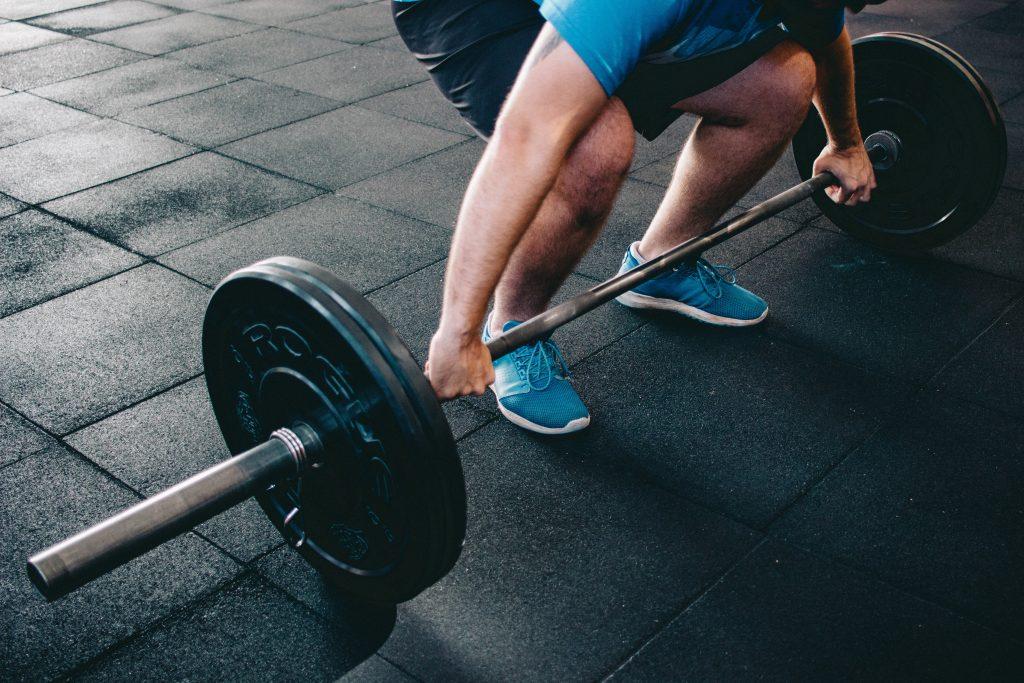 El Peso muerto llega a trabajar cada músculo del cuerpo.