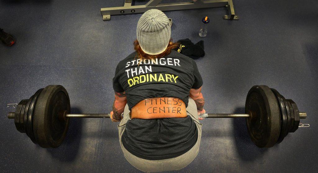 Todas los estilos de Peso Muerto incrementan el desarrollo de tu espalda.